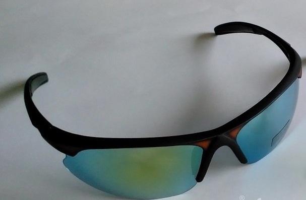 عینک آفتابی اسپرت مدل ADRIANO لنز جیوه ای سال